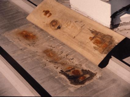 timber-wood-blocking-corrosion-metal-roof-mounting